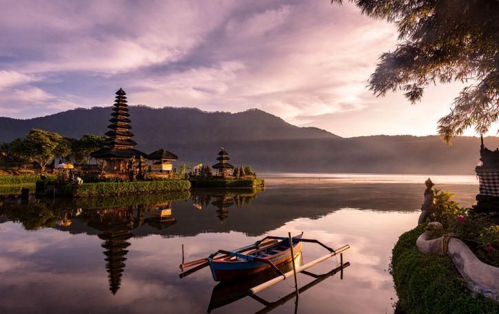 Balis (11n.) - gamtos prieglobstis, kuriame ne būni, o tampi laisvu