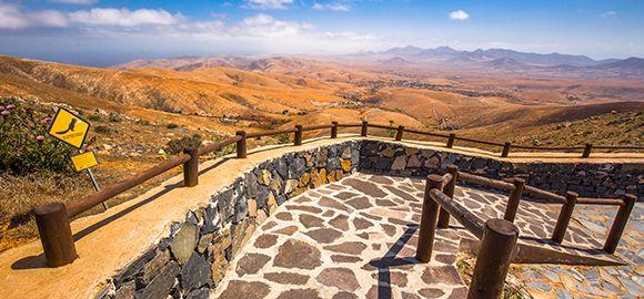 Fuerteventūra - manieringo vėjo, kerinčios saulės ir smėlio etiudai