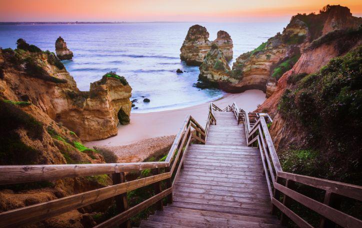 Algarvė (Portugalija) - kvapą gniaužianti gamtos magija ir svaiginanti linksmybių terapija