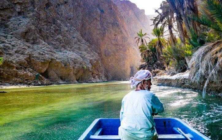 Omanas - prabangus, karštas ir šviežiais vaisiais kvepiantis sultono poilsis