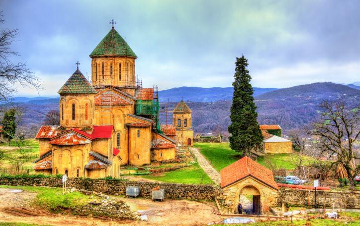 Batumis - Juodosios jūros taškoma ir kaitrios saulės šildoma vasaros sostinė