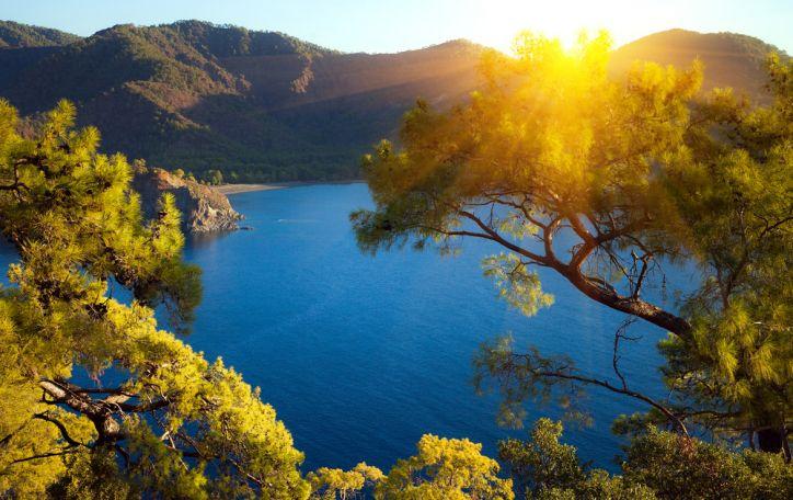 Turkija - šviežumu trykštantys vaisiai, karštos saulės vonios ir šokoladinis įdegis