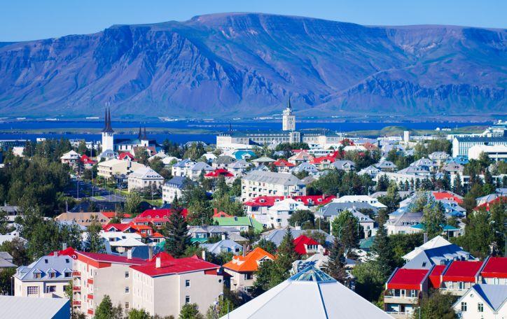 Islandija - Atlando vandenyno brangakmenis, švytintis gražiausiomis spalvomis
