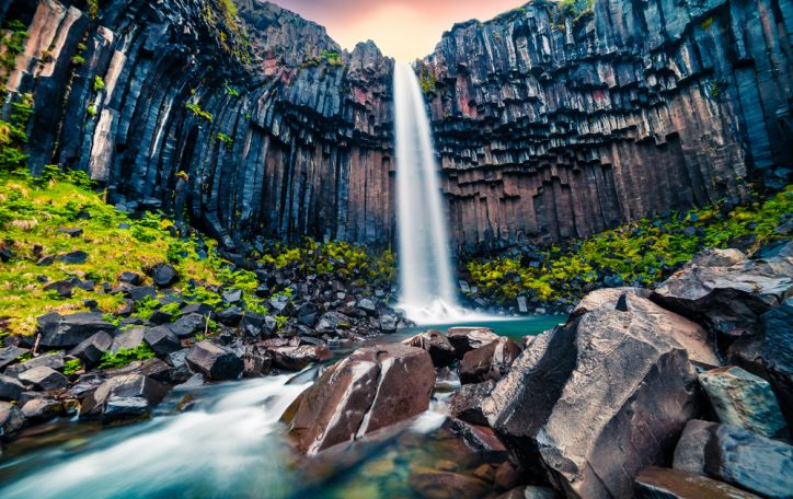Islandija - Atlanto vandenyno brangakmenis, švytintis gražiausiomis spalvomis