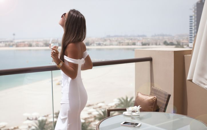 Jungtiniai Arabų Emyratai - aukščiausi pastatai, kaitriausia saulė ir ryškiausi kontrastai