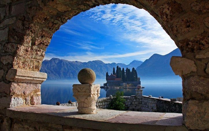 IŠPARDUOTA! Juodkalnija - žalias ir gaivus poilsis Andrijos jūros glėbyje ir milžiniškų kalnų apsuptyje