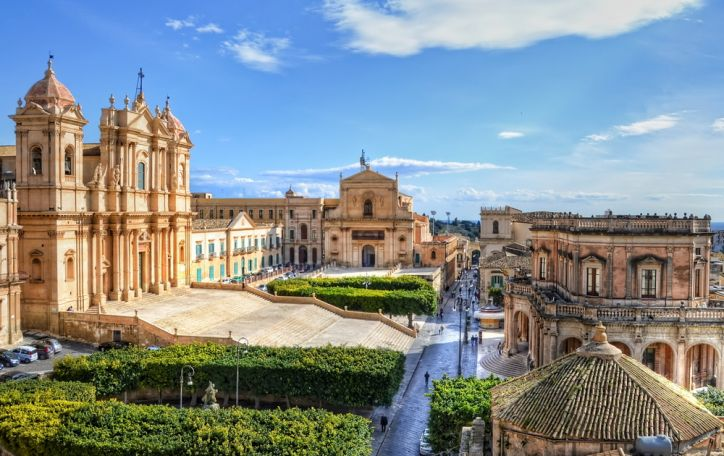 Sicilija - vaišinga, daugiakalbė, verta pasididžiavimo ir nuostabos
