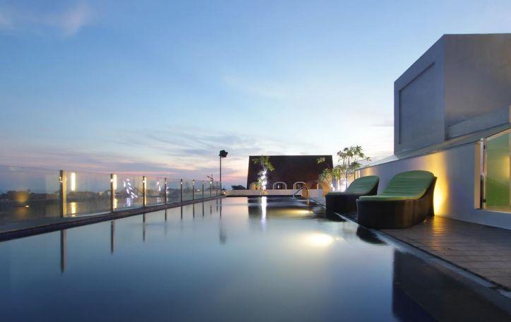 Maxone Hotel Legian 3*