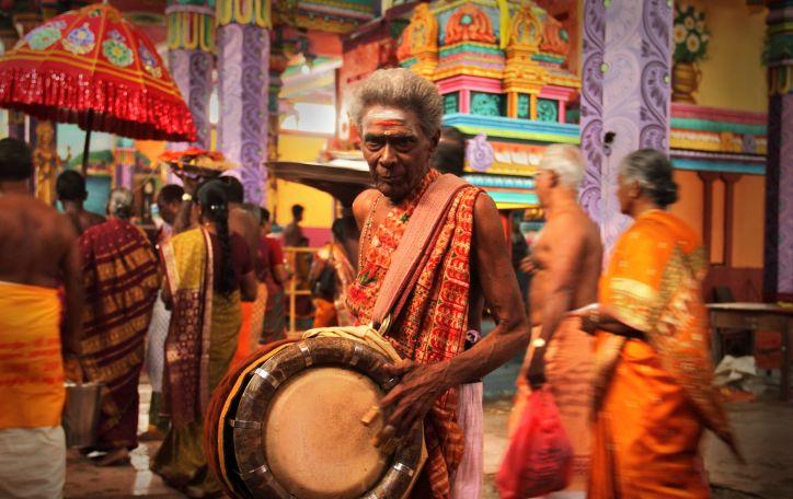 Naujieji metai Šri Lankoje - arbata kvepiančio stebuklo gabalėlis Jūsų rankoje