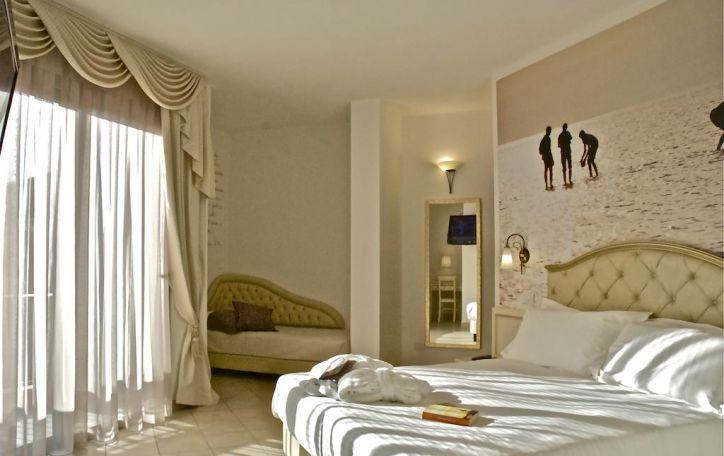 Riminis - džiaukitės plačiais paplūdimiais ir sekite renesanso pėdsakais
