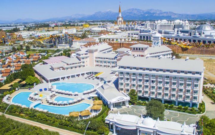 Turkija - švieži vaisiai, šilta jūra, karšta saulė ir šokoladinis įdegis