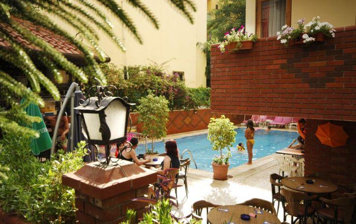 Turkija (8n.) - karšta saulė danguje - balta šypsena Jūsų veide