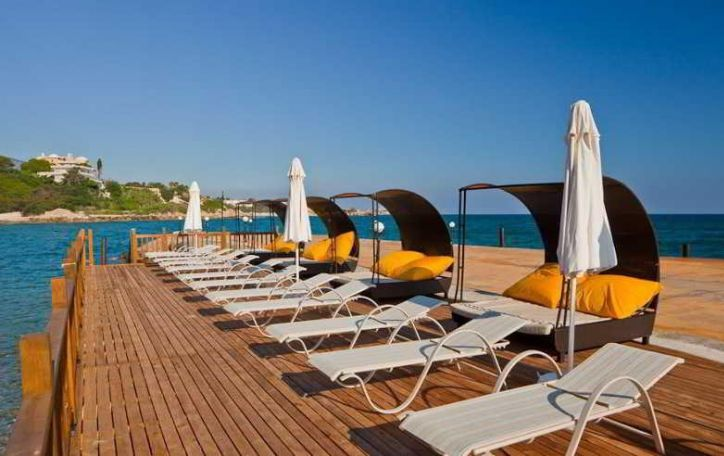 Kipras (14n.) - saulės, legendų ir meilės sala dovanoja pasakišką poilsį