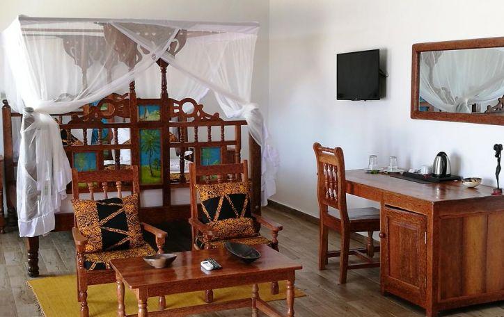 Zanzbaras (11n.) - šiltos atostogos gvazdikėliais ir cinamonu dvelkinačioje saloje