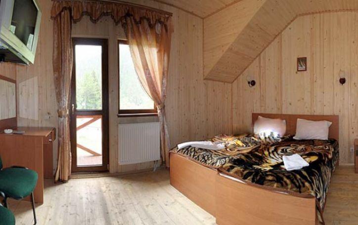Slidinėjimas Ukrainoje (Bukovelyje) - čiuožiam gautyti adrenalino