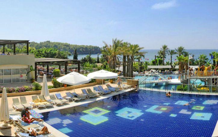 Turkija  - tie, kurie atostogomis pasirūpina iš anksto - šiltais rūbais kūnų nedangsto