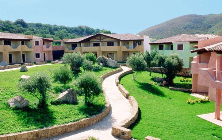 IŠPARDUOTA! Sardinija - legendomis apipinta ir laukiniais kraštovaizdžiais padabinta