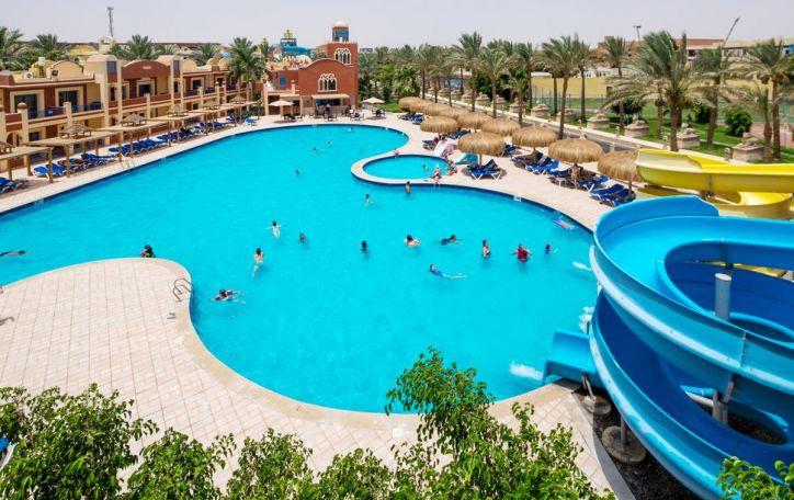 Naujieji metai Egipte - tegul saulėtos linksmybės liejasi laisvai