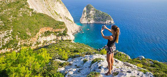 Zakintas - tegul saulėta ir karšta vasara tęsiasi meilės ir dainų saloje